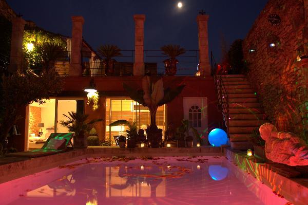 Chambre avec jacuzzi et piscine la cl secrete - Hotel avec piscine et jacuzzi dans la chambre ...