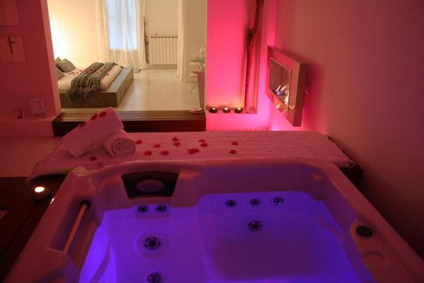 Spa cozy chambre avec jacuzzi - Hotel avec piscine et jacuzzi dans la chambre ...