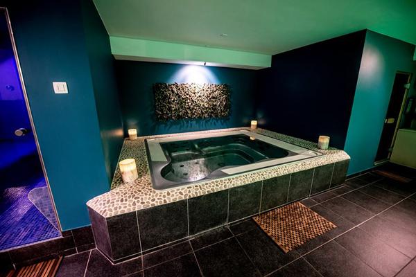 Chambres avec jacuzzi, guide haut de gamme pour chambres avec wellness.