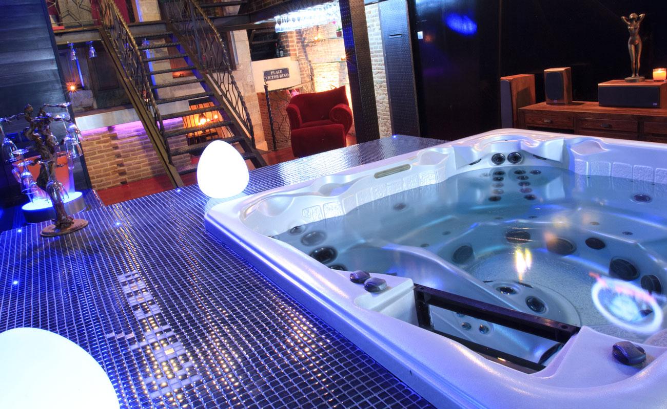 la suite de luxe koh 39 coon avec wellness. Black Bedroom Furniture Sets. Home Design Ideas