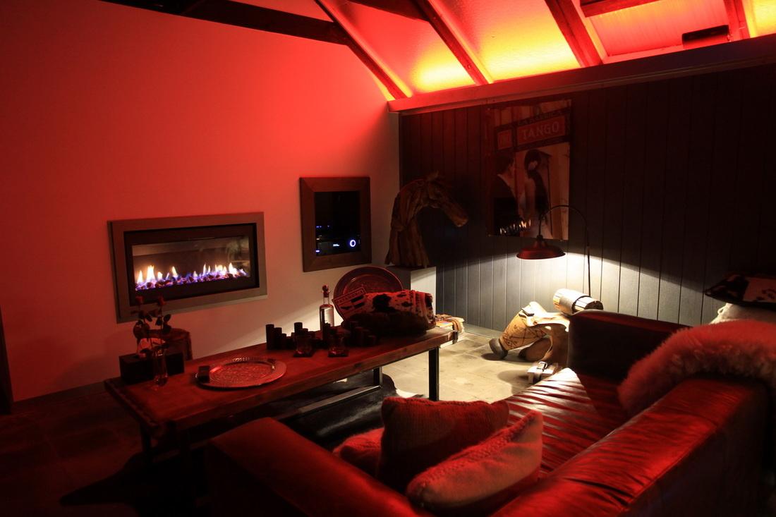 l 39 hotel loft insolite. Black Bedroom Furniture Sets. Home Design Ideas