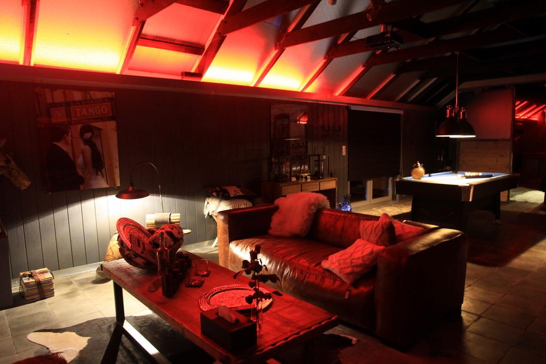 L 39 hotel loft insolite for Chambre avec jacuzzi suisse