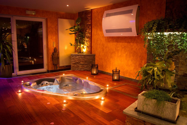 O bois d 39 o chambre avec jacuzzi for Chambre de luxe avec jacuzzi belgique