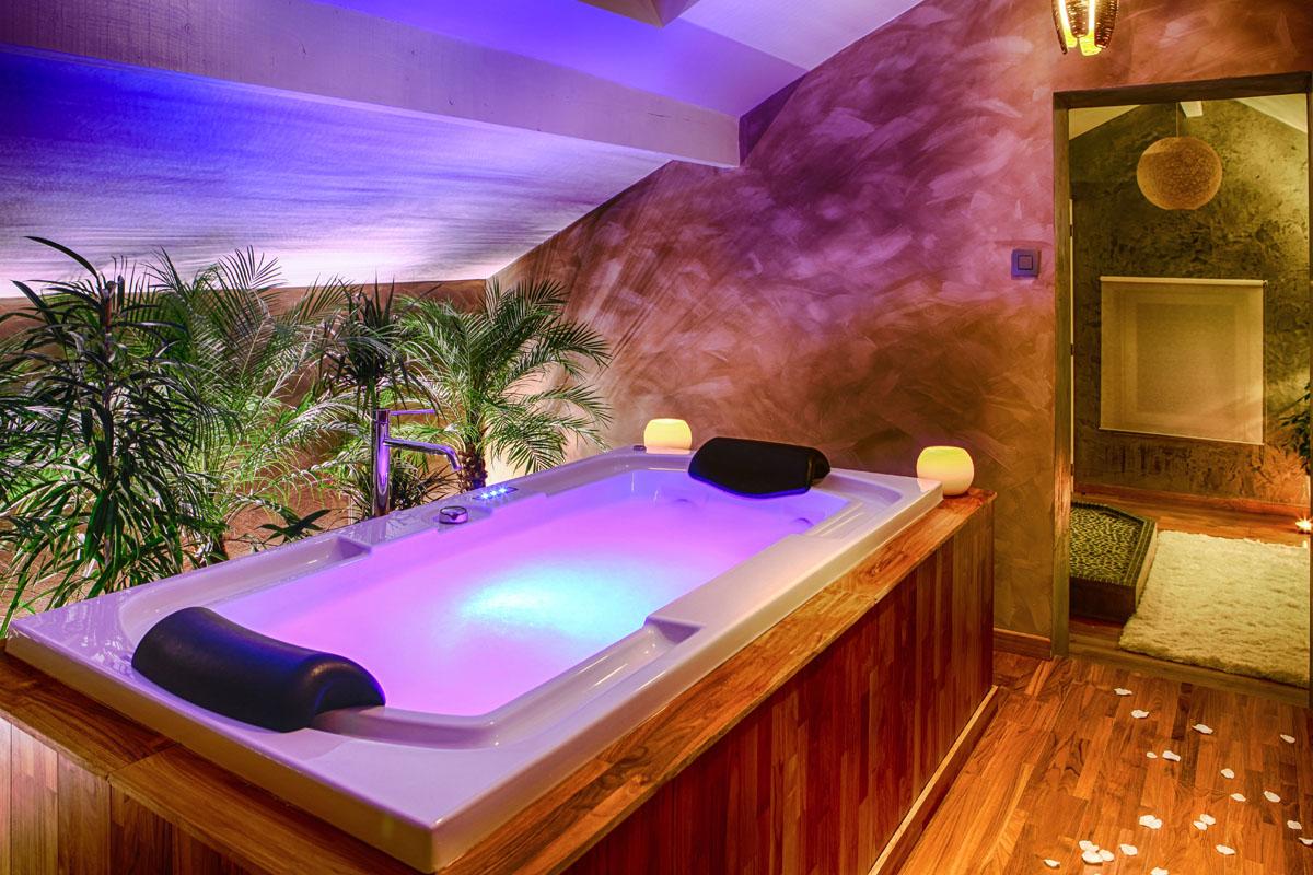 Suite cocoon - Jacuzzi de luxe ...