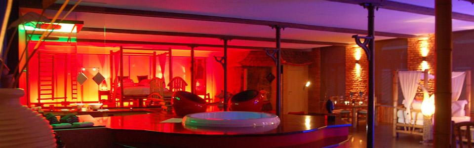 Le loft baiser de shogun chambre avec jacuzzi et sauna - Week end avec jacuzzi dans la chambre ...